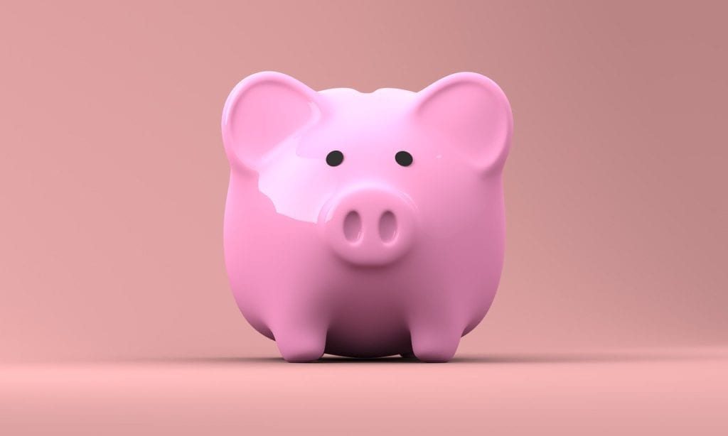 What happens to British pensions and retirement plans after Brexit? - Image of a piggy bank